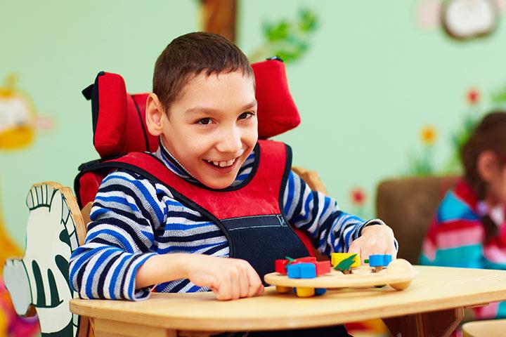 در حال حاضر درمان قطعی برای اوتیسم وجود ندارد.