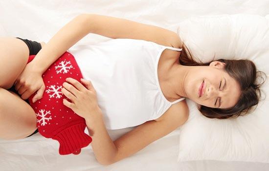پریود دردناک یکی از مشکلات رایج در دختران است.