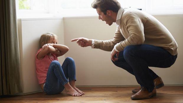 تنبیه والدین